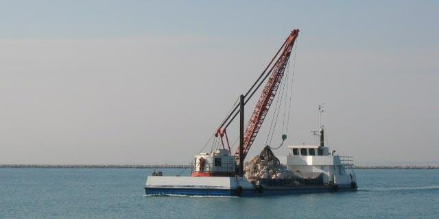 M/barca G. Loris